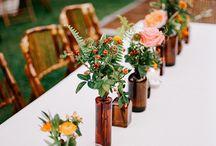 Decoração com poucas flores / Inspirações para o mini wedding da Monica e do Marcos que fiz como decoradora na Art Assessoria & Eventos na Escola do Pão. Mônica não queria quase nenhuma flor, e as poucas deveriam ser em tons de azul e amarelo.