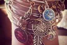 Jewelry / Jewelry inspiration.  I make jewelry! / by Kendra Kwiatkowski