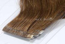 Mega Hair Fita Adesiva / São 20 longas peças sem costura de FITA ADESIVA prontas para aplicar. É imperceptível, a trama é muito fina. Possue sistema reutilizável, você só precisa adicionar mais adesivo. Muito fácil de aplicar. Não danifica seu cabelo.