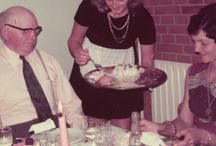 Del dine 70'ere! - Festen / Hvordan boede vi, hvad lavede vi og hvordan så vi egentlig ud? Der findes i hobetal af falmede 70'er-billeder derude. Hengemte albummer fyldt med fuldskæg, kassebukser, hønsestrik og brune briller. I anledning af Golden Days Festival vil vi have 70'er-minderne ud af albummet og frem i lyset.