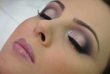 Make up / by Viviane Thomé
