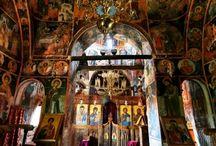 Εκκλησίες μοναστήρια