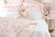 Kylie's bedroom ideas / by Kristin Robertson