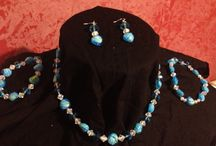 Accessories - Beads of all Style / Costume jewelry made with the finest high quality beads you can find. We make necklaces, ear rings, ankle bracelet sleeves, you name it. Each peace is custom made to your taste and satisfaction, so whether you want to be classy or fancy there's a style for you!