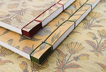 Bookbinding / Bookbinding is an old craft that still has its place in modern society, linking tradition and renewal.