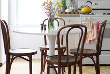 Tuolit, nojatuolit ja sohvat