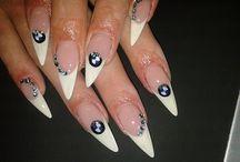 nails / körmöd az ékszered