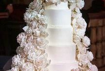 White on White Floral Wedding Cake Ideas
