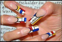 Abstract/Artsy Nails