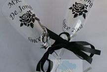 Huwelijks Cadeaus Handmade by Dena / Hier zie je opdrachten die ik gemaakt heb voor bruiloften. Van champagneglazen tot bedankjes.