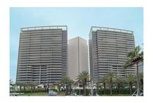 Bal Harbour  / Miami Real Estate: Bal Harbour