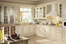 Kitchen / by Kylie Sylvia