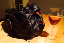 Taptas / Stoere handtas met geïntegreerd tapsysteem voor wijn! Ideaal voor festivals en buitenactiviteiten.
