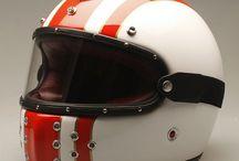 Helm / Helmet