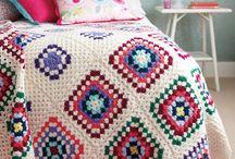 Blankets, deky...