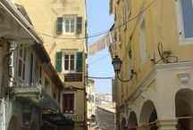 Grecja nieodkryta / Czy Grecja kojarzy Ci się ze strzelistym minaretem? Co pozostawili po sobie w Grecji Wenecjanie? Czy oprócz Grecji piaszczystej i słonecznej znasz tę niepokorną, dziką i tajemniczą?