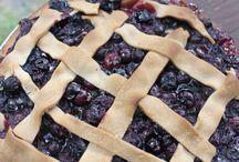 Pies / by Dottie Herr
