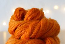 Yarn Porn : Handdyed Yarn / Because obviously, I ❤️ yarn.  All about the process of creating amazing yarns from raw fleece.