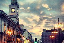 Cerrajeros Madrid Centro 603909909 / Cerrajeros de Madrid Centro 24 horas 603909909, atención en apertura y reparación de puertas y persianas. Instalación de cerraduras, bombillos y motores, todo en cerrajería, confíe en nosotros somos sus cerrajeros en Madrid Centro, cerrajeros 24 horas Madrid Centro, cerrajeros urgentes en Madrid Centro, Persianeros en Madrid Centro, Cerrajeros de urgencia Madrid Centro y todos sus barrios Palacio, Embajadores, Cortes, Justicia, Universidad y Sol.