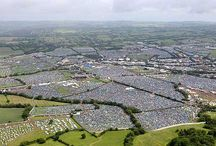 Glastonbury Festival / The world famous Glastonbury Festival showcases some of the very best in music and contemporary performing arts in the whole world and it makes us proud to be British