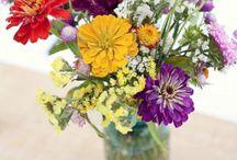 Floral Arrangements / by Pamela Durning