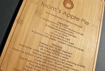MENUKAARTEN - hout / Bord vol ideetjes rond lasergesneden houten menukaarten/-houders.