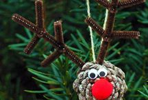 Christmas crafts with the littlens  / All things craft you can do with your children