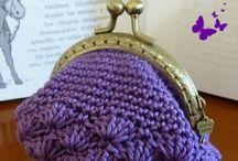 Violetti kukkaro