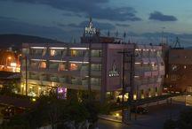 HOTEL PRIVE / Το ξενοδοχείο PRIVE δημιουργήθηκε για να αποτελέσει τον ιδανικό χώρο φιλοξενίας των πιο προσωπικών σας στιγμών.  Ένα στιλάτο boutique hotel με pop ύφος να κυριαρχεί στους χώρους υποδοχής και με χρωματισμούς και διάκοσμο να συνθέτουν ένα περιβάλλον υψηλής αισθητικής, διακριτικής πολυτέλειας και ευχάριστης διάθεσης.