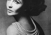 Celebrities and Magnificent Pearls / by Nathalie Leseine