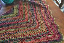 Háčkované a pletené šátky