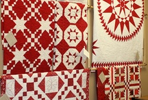 Red & White / There is nothing more classic than a stunning red and white quilt. Here are some of my favorites!