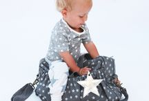 Bags for mums / In order to help mums with their new babies, Shanael has selected beautiful changing and toilet bags.