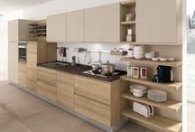 Model JEY / Jey is a contemporary kitchen with technically evolved solutions, such as the handle integrated into the door and components with a simple design, which guarantee an original composition and an increasingly personalised style.