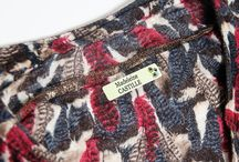Etiquettes Séniors / Pour marquer et identifier les affaires et vêtements des personnes âgées en maison de retraite comme le demande souvent les règlements intérieurs.