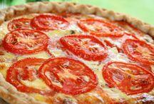 Tomatoe, bacon, cheese quishe