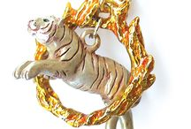 Jewelry! / #Cat themed #jewelry to add a little quirkiness to your everyday wear.