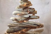 Rustic coastal Christmas / Christmas decorations with a rustic coastal twist