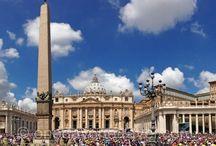 Italie   Rome   Nos 15 visites préférées / Du Vatican au Colisée, de la fontaine de Trevi au Pont Saint-Ange en passant par des quartiers moins connus, on vous rapporte plein de bons plans et d'adresses sympas pour préparer votre futur séjour à Rome. Rendez-vous sur notre blog voyage OneDayOneTravel.com