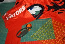 T-shirt quilt / How to measure, cut and sew a t-shirt quilt with step-by-step instructions.