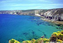 Viaggi Francia - Litorale / Tra Corsica e Provenza è facile innamorarsi delle località del Mediterraneo...  #ViaggiFrancia #ViaggiLitorale #MareFrancia #ViaggiBastia #ViaggiCassis #ViaggiSaintTropez #ViaggiBormeslesMimosas #ViaggiSixFourslesPlages
