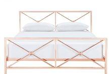 bed room golden rose