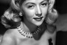 Gloria Grahame / Gloria Grahame (November 28, 1923 – October 5, 1981) was an American stage, film, television actress and singer.