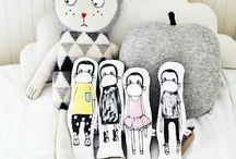 :: Toys ::