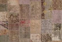 Tappeti Moderni/Modern Rugs / La tradizione dei tappeti si riscopre in una nuova veste creando #TappetiModerni che possono soddisfare l'#arredamento minimalista e di design a cui molti desiner ed architetti si ispirano per arredare abitazioni e uffici. http://www.zarineh.it/tappeti/tappeti-moderni.html
