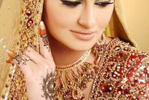 Bridal Tips / A collection of some very effective and useful bridal dressing tips!