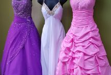 Stunning dress....Wish I had a reason to look like a Princess
