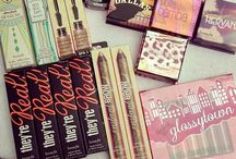 Cosmetics / Pinterest: @kardelenezgi