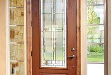 Fiber-Classic Oak Collection / Fiber-Classic Oak is the door that started the fiberglass revolution, featuring the distinctive look of natural oak grain.