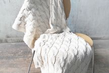 Home / Knitted throw